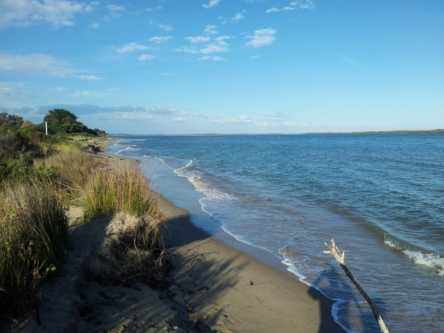 Inverloch beach at very high tide